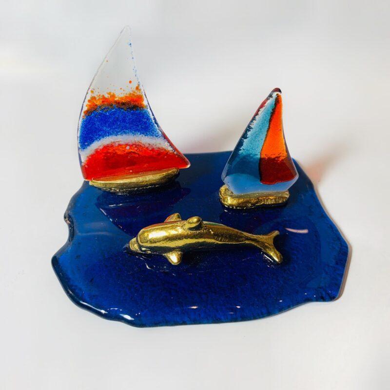 Διακοσμητικα Καραβακια με δελφινι σε μπλε γυαλινη βαση