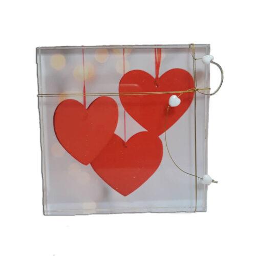 Διακοσμητικο απο Plexiglass με καρδιες σε λευκη αποχρωση