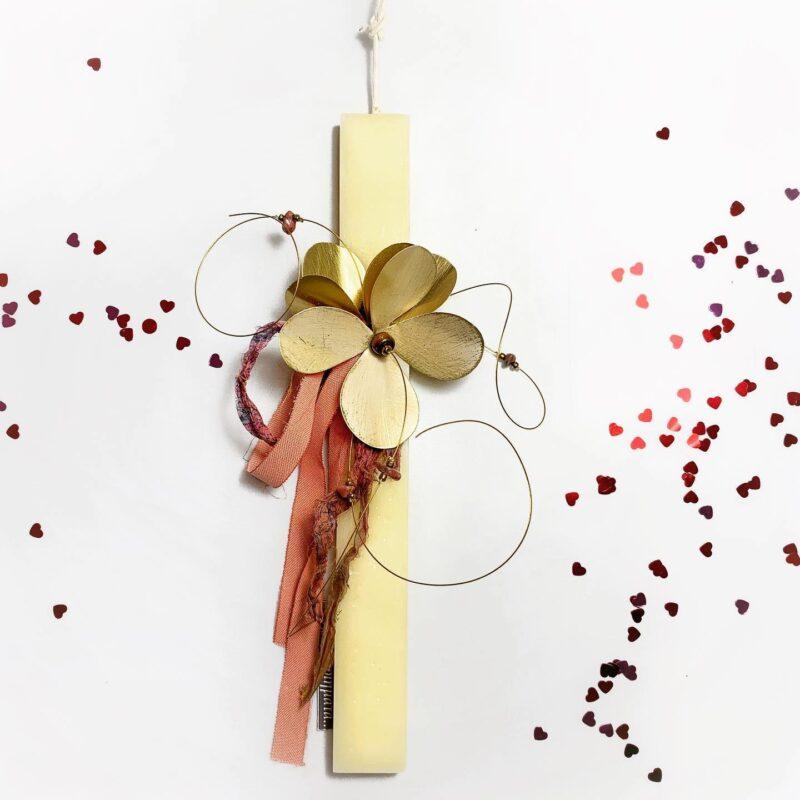 λαμπαδα χειροποιητη με λουλουδι